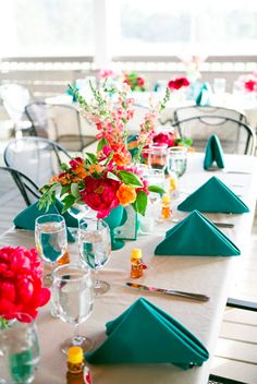 Modern Vineyard Wedding. Use Party Cloths' Teal Satin or Teal Bengaline (lined) napkins to create this look.  www.partyclothshouston.com