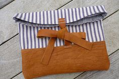 little pouch (for tablet or ipad)