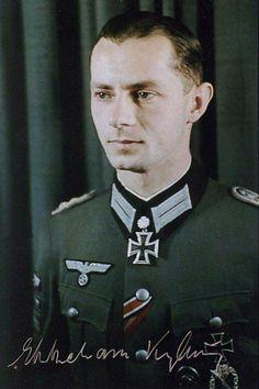Oberleutnant Ekkehard Kylling-Schmidt (1918-2000), Chef 4./Füselier Regiment 26, Ritterkreuz 20.10.1941, Eichenlaub (150) 04.12.1942