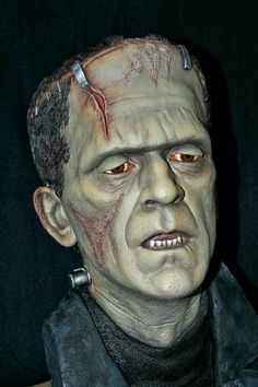 Black Heart's 1:1 scale Frankenstein bust, sculpted by Mike Hill, and painted by me. This was the sample used during the Black Heart/Badger Airbrush Asylum painting class that I was an instructor at, earlier this year. - Paint by Gordon Oberman