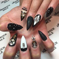 Black, White, & Gold Stiletto Nails | pinterest | @bombasticbeauty |