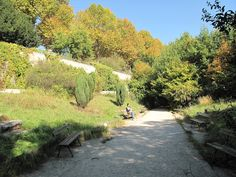 Jardin Naturel: 120 Rue de la Réunion   Au Nouveau Nez: 52 rue de Bagnolet, 75020