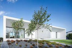 Casa Touguinhó II : Jardins minimalistas por Raulino Silva Arquitecto Unip. Lda