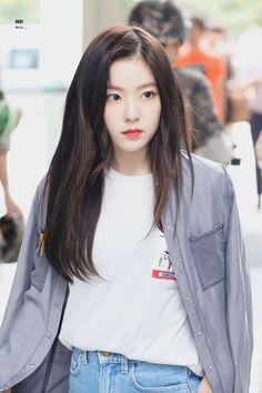 배 주현👑Bae Joohyun - Red Velvet as Visual, Leader, Lead Dancer, Main Rapper Red Velvet アイリーン, Red Velvet Irene, Velvet Style, Seulgi, Korean Girl, Asian Girl, Asian Woman, Top 5, Korean Celebrities