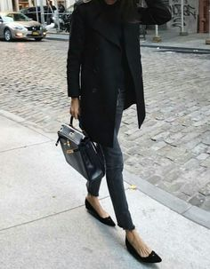 All black fall street style inspo