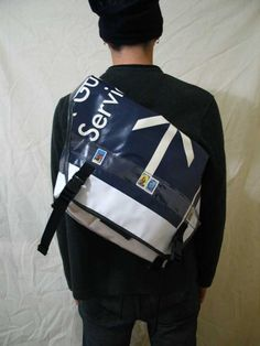 recycled banner bike bag, make your own messenger bike bag