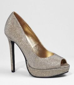 Oh, this sparkly peep-toe pump would look so nice with my autumn/winter thick ivory sheath dress.
