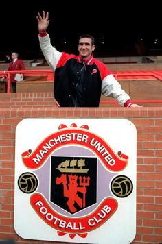 Eric Cantona - arriving at Old Trafford and his spiritual home. Manchester United Old Trafford, Manchester United Images, Manchester United Players, Eric Cantona, Premier League Champions, Football Memes, English Premier League, Football Pictures, Europa League
