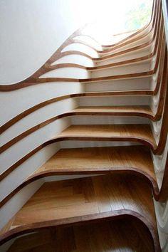 Deze trap danst!