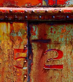 my colors in rusty paint....'52 is a great vintage.......  where's my photo similar to this?