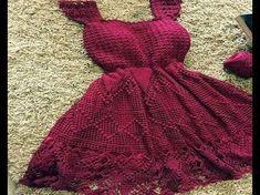 Captivating Crochet a Bodycon Dress Top Ideas. Dazzling Crochet a Bodycon Dress Top Ideas. Crochet Diy, Crochet Shirt, Crochet Woman, Crochet Tops, Crochet Summer Dresses, Black Crochet Dress, Knit Dress, Crochet Videos, Crochet Designs