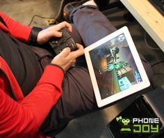 Gaming On The Go With The PhoneJoy Play