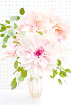 Oh So Beautiful Paper: Fresh Cut Paper Flowers: Café Au Lait Dahlias