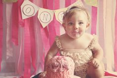 Make your little one's first birthday a blast with online birthday invitations