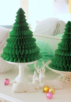 Christmas is coming. The Best Of Christmas, Christmas Crafts, Christmas Decorations, Christmas Ornaments, Christmas Paper, Christmas Trees, Honeycomb Decorations, Paper Decorations, Big Paper Flowers