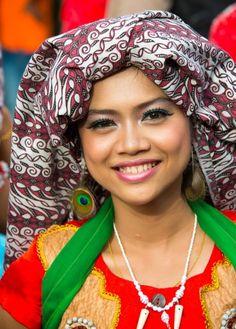 Siti the dancer - Isen Mulang Festival