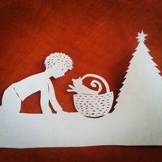 #papercutting #workinprogress #paperartbyanni #christmas
