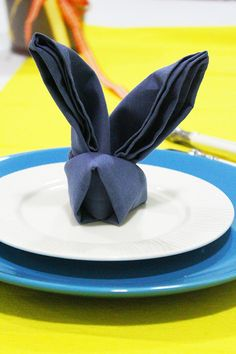 Setting the table for special occasions makes it more special. Folding the napkin in a cute bunny shape improves the table adornments if you are willing to organize Easter lunch at your home. Follo...