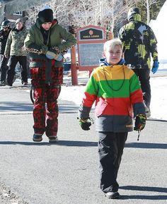 Gwen Stefani and Gavin Rossdale take their boys Kingston and Zuma skiing in Mammoth, California
