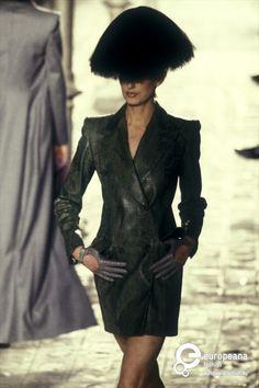 Givenchy, Autumn-Winter 1997, Womenswear