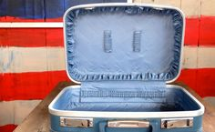 Wonderful Vintage Luggage Spotless Suitcase Ready for Anything - http://oleantravel.com/wonderful-vintage-luggage-spotless-suitcase-ready-for-anything