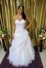 7c48b247f5 33 Best Tüll esküvői ruhák images | Boyfriends, Bridal gowns ...