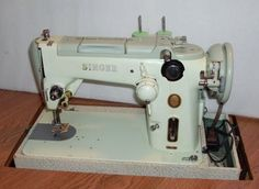 Vintage Sewing Machines: The Singer That Should Be Forgotten