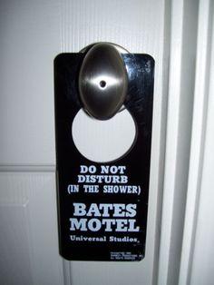 BATES MOTEL DOOR SIGN UNIVERSAL STUDIOS