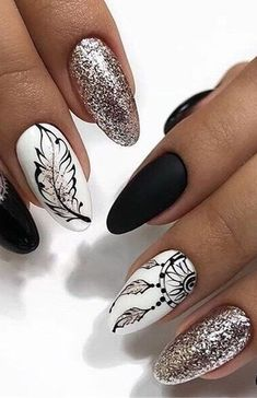 Fresh And Trendy Ways Of Matching Your Prom Nails Colors With Your Dress - - Fresh And Trendy Ways Of Matching Your Prom Nails Colors With Your Dress Nageldesign Pretty Nail Designs, Simple Nail Designs, Nail Art Designs, Nails Design, Marble Nail Designs, Cute Nails, Pretty Nails, Nagellack Design, Nagel Bling