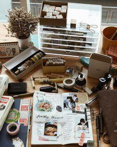 Instagram Journal Diary, Journal Notebook, Planner Supplies, Journal Design, Scrapbook Journal, Smash Book, Travelers Notebook, Journal Inspiration, Stationery