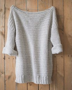 Free Crochet Pattern for The Homebody Sweater (Easy, Comfy and Cute!) — Megmade with Love- Because I've been just about the least organized person, here lately. I've decided a couple minutes ago… Mode Crochet, Crochet Fall, Crochet Woman, Knit Crochet, Crochet Sweaters, Knitting Patterns, Crochet Patterns, Pdf Patterns, Knitting Tutorials