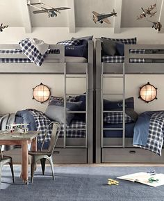 <3 Little Ones [Mika Ribbed Rug and bunk beds]