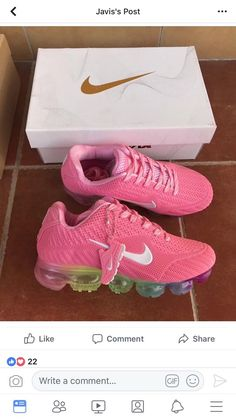 These remind me of Middle school Women's Shoes, Hot Shoes, Me Too Shoes, Nike Shoes, Shoe Boots, Shoes Style, Cute Sneakers, Shoes Sneakers, Nike Dama