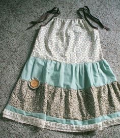 EASY One Hour Fat Quarter Dress tutorial by Lyssa Zwolanek at Song of My Heart