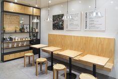 Comida saudável e lugar lindo: Tasty Salad Shop! Interior Design Courses Online, Cafe Interior Design, Cafe Design, Small Coffee Shop, Coffee Shop Design, Coffee House Decor, Salad Shop, Mini Cafe, Bakery Decor