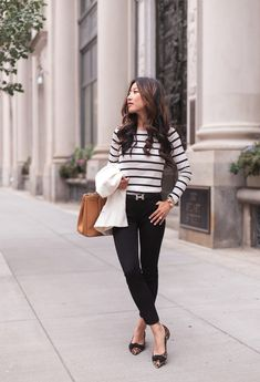 what to wear to work in the fall // striped tee + black pants + leopard flats