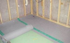 How to Finish Your Basement and Basement Remodeling Finishing your basement can almost double the square foot living space of your home. A finished basement can include new living space such as a r… Man Cave Basement, Basement House, Basement Apartment, Basement Bedrooms, Basement Walls, Basement Bathroom, Basement Ideas, Basement Decorating, Basement Layout