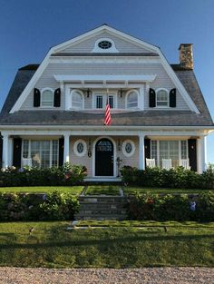 My dream house: Harwich Port, MA. New England in style Coastal Cottage, Coastal Homes, Coastal Living, Nantucket Style, Sweet Home, New England Homes, My Dream Home, Dream Homes, Curb Appeal