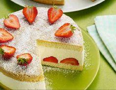 Torta margherita con crema alle fragole e yogurth