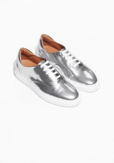 Silver sneakers - &other stories- 125 euro