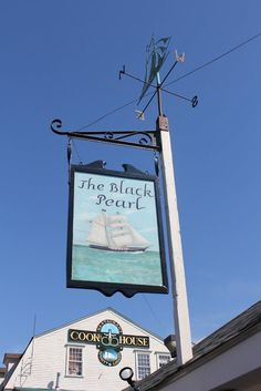 Rhode Island THE BLACK PEARL, Newport. Their clam chowder is delicious!