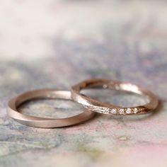 ホワイトゴールドでお仕立てした結婚指輪  [marriage,wedding,ring,bridal,K18,マリッジリング,結婚指輪,オーダーメイド,槌目,ウエディング,ith,イズマリッジ]
