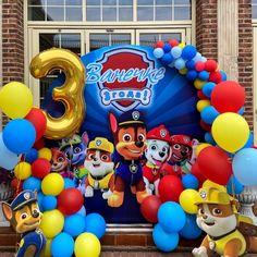 """Детская фотозона """"Щенячий патруль"""" Paw Patrol Birthday Decorations, Paw Patrol Party, Baby Party, Sandro, 3rd Birthday, Hulk, First Birthdays, Invitations Kids, Birthday Display"""