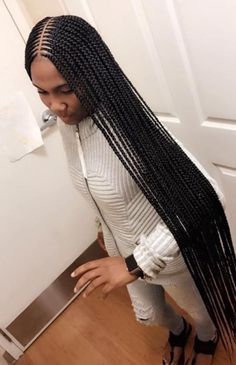 Alesia Did that FOLLOW US @Hair,Nails,And Style