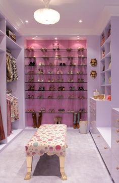 South Shore blog- Jamie Drake- beautiful closet !