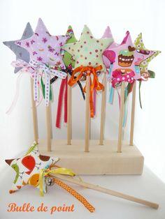 Baguette magique petits oiseaux avec grelot pour fée : Chambre d'enfant, de bébé par bulle-de-point