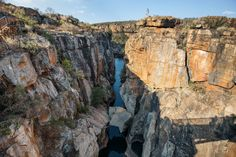 This tour offers you the best the Panorama Route and Kruger Park has, from canyons to waterfalls reflecting the beauty of this phenomenal province. Kruger National Park, South Africa, Mount Rushmore, Safari, Waterfall, Scenery, Wildlife, Tours, Mountains