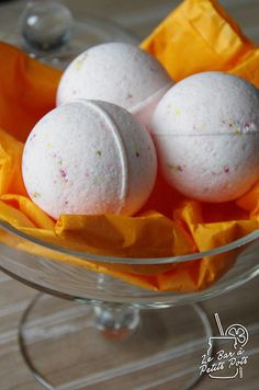 Home made bath bombs
