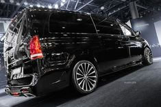 Mercedes Bus, Mercedes Benz Vito, Mini Vans, Luxury Cars, Ideas, Design, Autos, First Grade, Fancy Cars