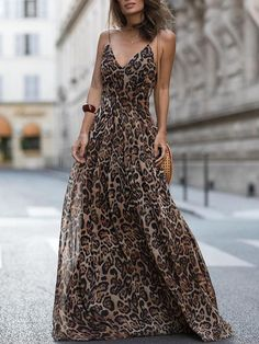 Leopard V Neck Spaghetti Strap Maxi Dress - Sommer Kleider Ideen Sexy Dresses, Dress Outfits, Casual Dresses, Summer Dresses, Formal Dresses, Summer Maxi, Vacation Dresses, Spring Summer, Elegant Dresses
